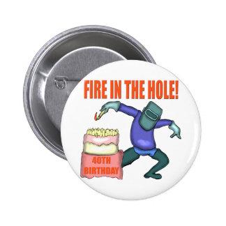 Fuego en los 40.os regalos de cumpleaños del aguje pin redondo 5 cm