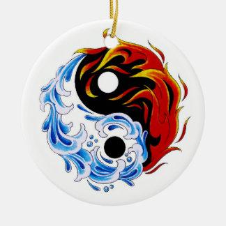 Fuego fresco Yin Yang del agua del símbolo del tat Ornamentos De Reyes Magos