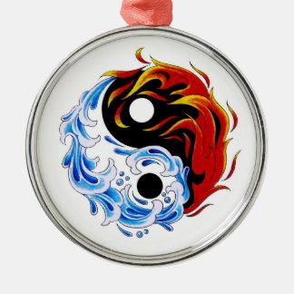Fuego fresco Yin Yang del agua del símbolo del tat Ornamentos De Reyes