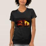 FUEGO: Hogar de la chimenea Camisetas