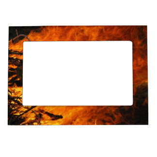 Fuego que rabia marcos magnéticos de fotos