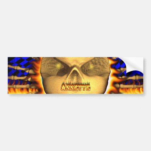 Fuego real del cráneo de Annette y etiqueta engoma Etiqueta De Parachoque