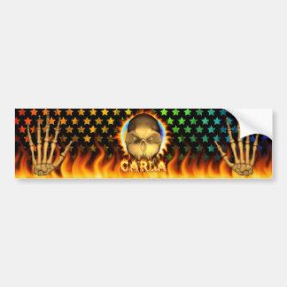 Fuego real del cráneo de Carla y etiqueta engomada Etiqueta De Parachoque