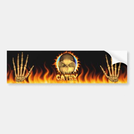 Fuego real del cráneo de Cathy y etiqueta engomada Etiqueta De Parachoque