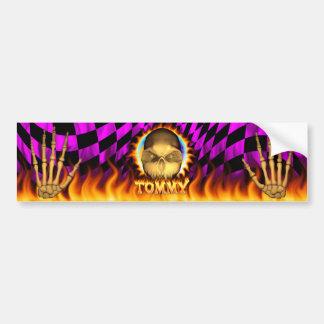Fuego real del cráneo de Tommy y pegatina para el  Etiqueta De Parachoque