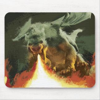 Fuego-Respiración del dragón el | de Pete fresca Mousepad