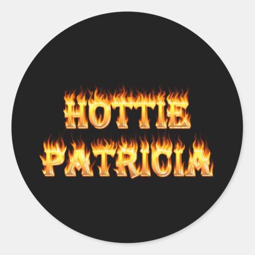 Fuego y llamas de Hottie Patricia Etiqueta Redonda