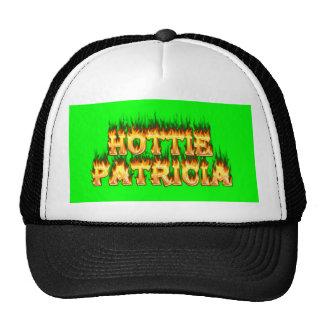 Fuego y llamas de Hottie Patricia Gorra
