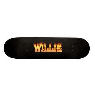 Fuego y llamas de Hottie Willie Patineta Personalizada
