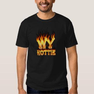Fuego y llamas del hottie de Wyoming Playera