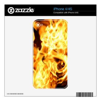 Fuego y llamas que queman el artículo ardiente del calcomanías para el iPhone 4S
