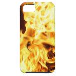 Fuego y llamas que queman la caja ardiente del tel iPhone 5 coberturas