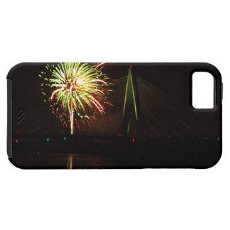 Fuegos artificiales Christopher S. Bond Bridge iPhone 5 Funda