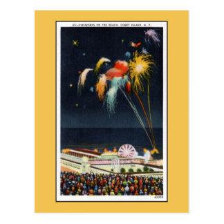 Fuegos artificiales de Coney Island del vintage en Postal
