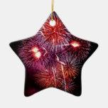 Fuegos artificiales patrióticos de los regalos del ornamentos de reyes magos