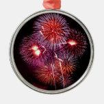 Fuegos artificiales patrióticos de los regalos del adornos de navidad
