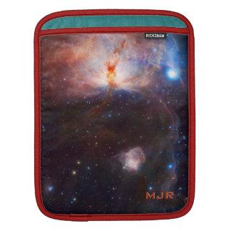 Fuegos del monograma de la nebulosa de la llama - mangas de iPad