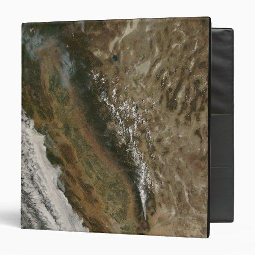 "Fuegos en California Carpeta 1 1/2"""