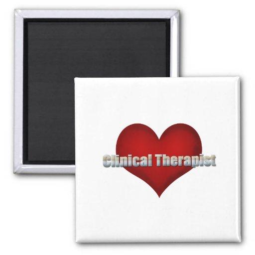 Fuente clínica del cromo del terapeuta y corazón r iman de frigorífico
