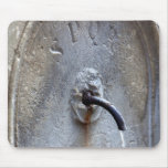 Fuente de agua pública romana antigua tapete de raton