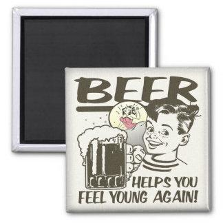 Fuente de la cerveza de la juventud imán cuadrado
