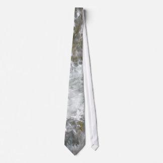 Fuente de la curación corbata