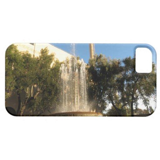 Fuente de la refrigeración por agua de Pasadena iPhone 5 Case-Mate Fundas