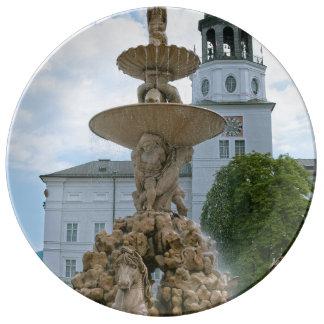 Fuente de la residencia de Salzburg Platos De Cerámica