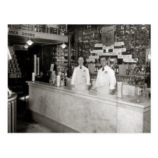 Fuente de soda de la farmacia, 1921 tarjeta postal