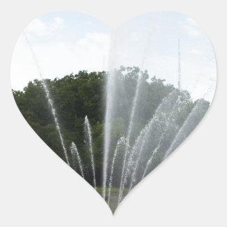 Fuente del centro de la ciencia de Seattle Pegatina En Forma De Corazón