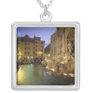 Fuente en la noche, Roma, Lazio, Italia del Trevi Grimpolas Personalizadas