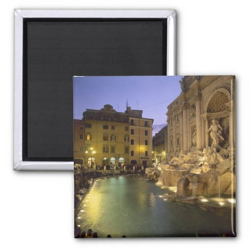 Fuente en la noche, Roma, Lazio, Italia del Trevi Imán Cuadrado