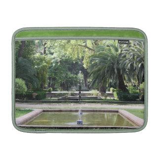 Fuente en Parque de María Luisa, Sevilla Funda Para Macbook Air