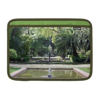 Fuente en Parque de María Luisa, Sevilla Funda MacBook