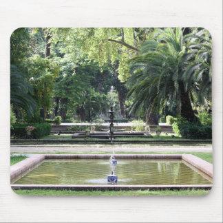 Fuente en Parque de María Luisa, Sevilla Mousepad