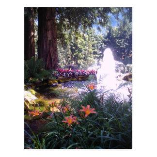 Fuente escénica del jardín y de agua tarjeta postal
