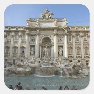 Fuente histórica del Trevi en Roma, Italia Calcomanías Cuadradas