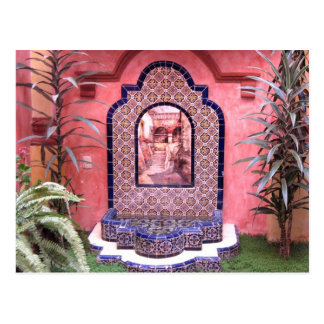 Fuente mexicana de la teja tarjeta postal