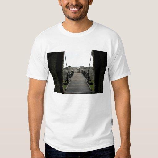 Fuerte en St Augustine que mira de castillo Remeras