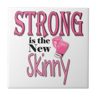 ¡FUERTE es el nuevo flaco! Tipografía rosada de Azulejo Cuadrado Pequeño
