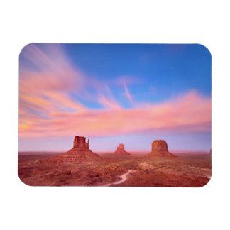 Fuertes vientos sobre el valle del desierto rectangle magnet