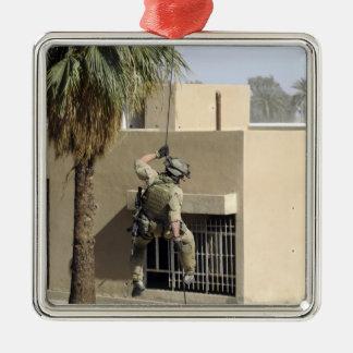Fuerza aérea de los E.E.U.U. Pararescueman Adorno Navideño Cuadrado De Metal