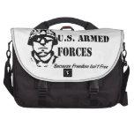 Fuerzas armadas de arma de los E.E.U.U. (negro) Bolsas Para Ordenador