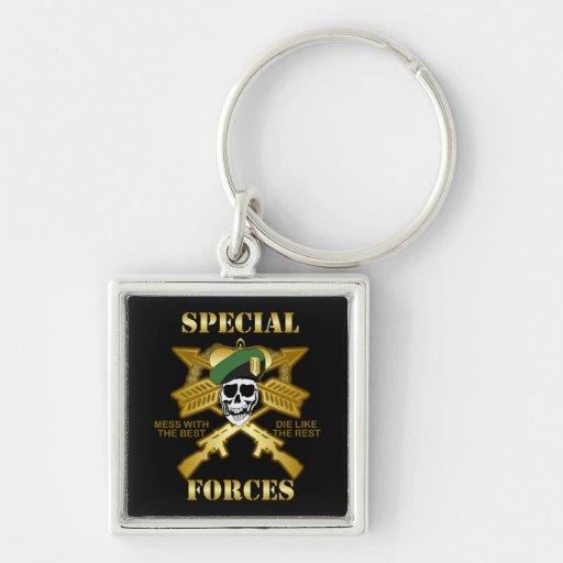 Fuerzas especiales llavero cuadrado plateado