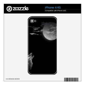 Full moon and the wolf iPhone 4 decals