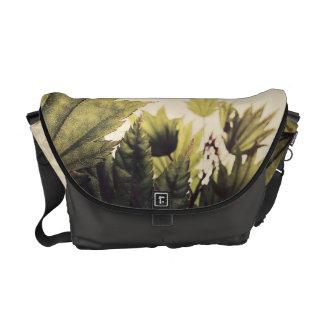 Full moon maple messenger bag