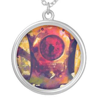 Full Stroke Round Pendant Necklace