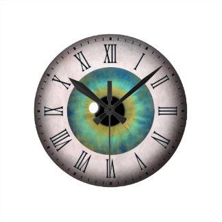 Fun Cool Blue Eye Eyeball Roman Medium Round Clock