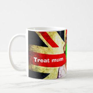 """Fun custom """"Treat mum like a Queen"""" punk portrait… Coffee Mug"""
