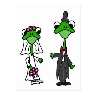 Fun Frog Bride and Groom Wedding Design Postcard